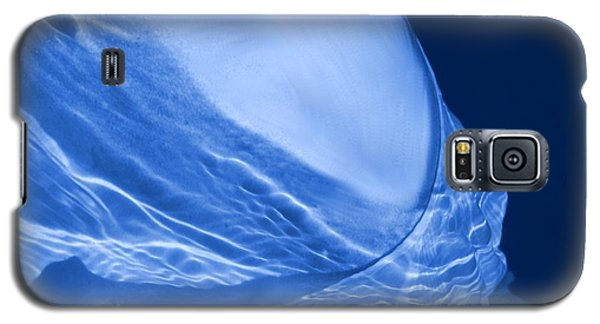 Woman Submerged Galaxy S5 Case