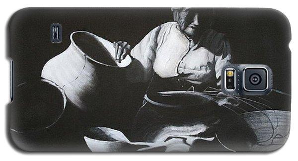 Woman Weaving A Basket Galaxy S5 Case