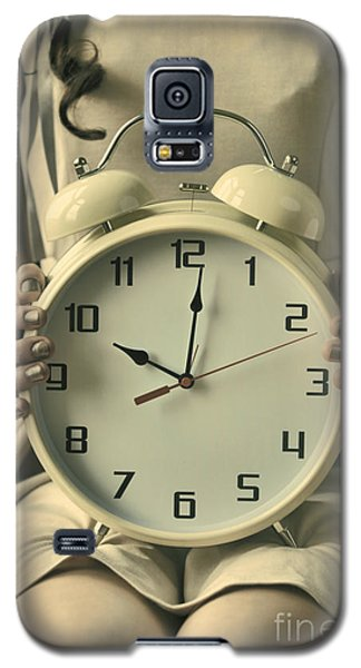 Woman With Clock Galaxy S5 Case by Craig B