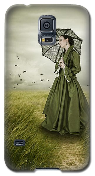 Galaxy S5 Case featuring the photograph Woman With Parasol Standing In Green Field by Ethiriel  Photography