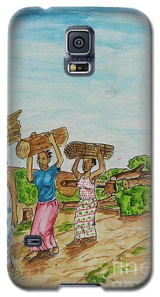 Women Carrying Logs To Cook Galaxy S5 Case