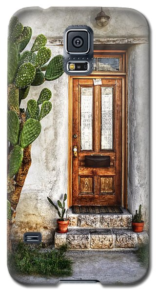 Galaxy S5 Case featuring the photograph Wood Door In Tuscon by Ken Smith
