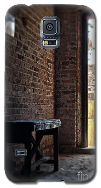 Wooden Bench Galaxy S5 Case by Ivy Ho