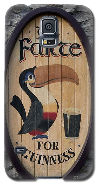 Wooden Guinness Sign Galaxy S5 Case by Christiane Schulze Art And Photography