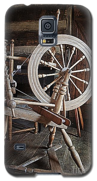 Galaxy S5 Case featuring the photograph Wooden Spinning Wheel by Sebastian Mathews Szewczyk