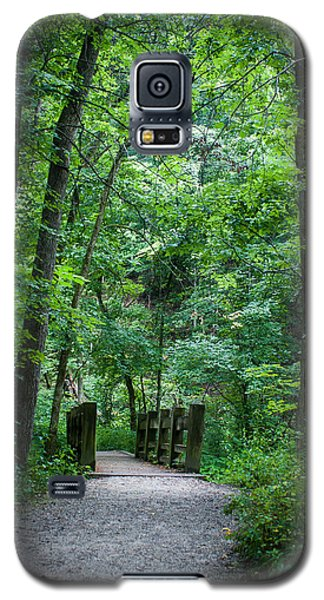 Galaxy S5 Case featuring the photograph Woodland Trail by Wayne Meyer
