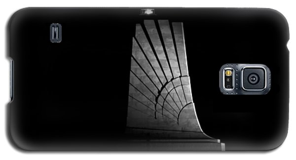 Galaxy S5 Case featuring the photograph Wright Brothers National Memorial by Greg Reed