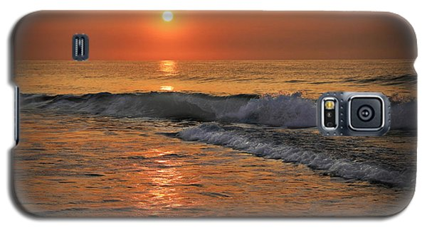 Galaxy S5 Case featuring the photograph Wrightsville  Beach Sunrise by Phil Mancuso