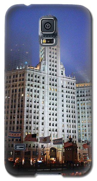 Wrigley Building In Fog Galaxy S5 Case by James Kirkikis
