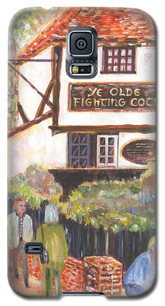 Ye Olde Fighting Cocks With Strollers And Lovers Galaxy S5 Case by Giovanni Caputo