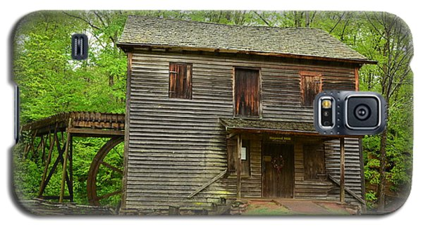 Galaxy S5 Case featuring the photograph Ye Olde Grist Mill by Bob Sample
