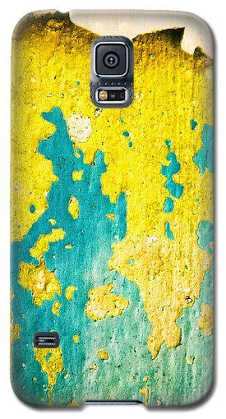 Galaxy S5 Case featuring the photograph Yellow And Green Abstract Wall by Silvia Ganora