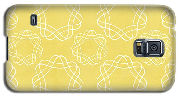Yellow And White Geometric Floral  Galaxy S5 Case by Linda Woods