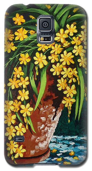 Galaxy S5 Case featuring the painting Yellow Cascade by Katherine Young-Beck