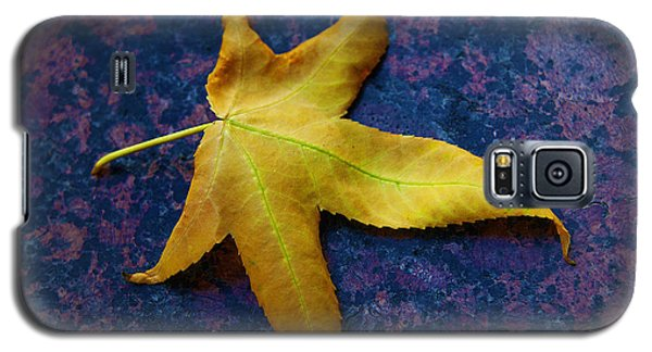Yellow Leaf On Marble Galaxy S5 Case