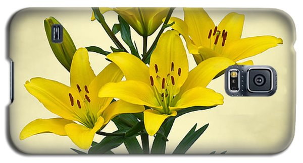 Yellow Lilies Galaxy S5 Case by Jane McIlroy