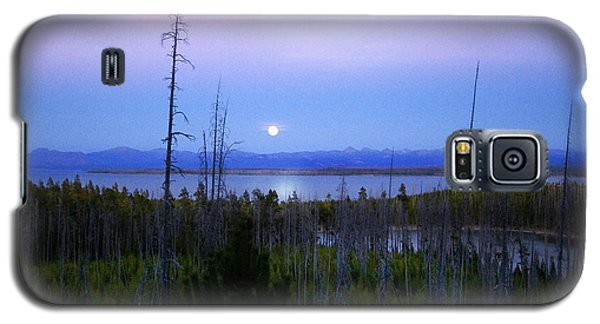 Galaxy S5 Case featuring the photograph Yellowstone Moon by Ann Lauwers
