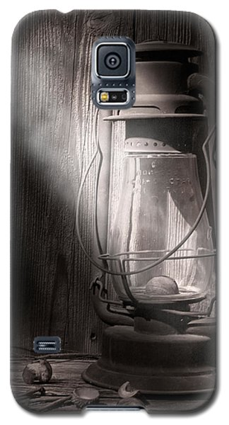 Yesterday's Light Galaxy S5 Case by Tom Mc Nemar