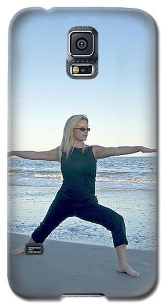 Yoga Woman On The Beach Galaxy S5 Case