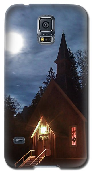 Yosemite Chapel Under A Full Moon Galaxy S5 Case