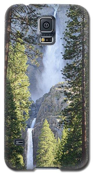 Yosemite Falls In Morning Splendor Galaxy S5 Case