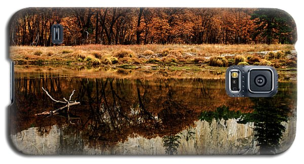 Yosemite Reflections Galaxy S5 Case by Terry Garvin