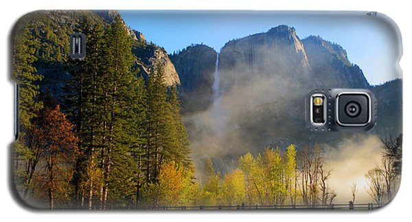 Yosemite River Mist Galaxy S5 Case by Duncan Selby