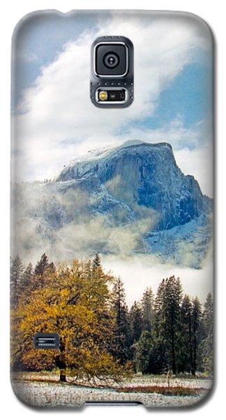 Yosemite Valley  Light Snow Galaxy S5 Case