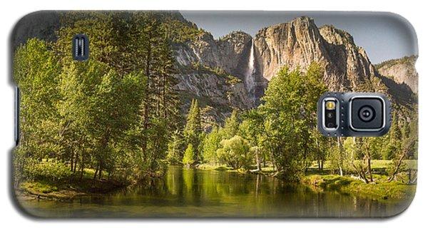 Yosemite Valley Near Dusk Galaxy S5 Case by Janis Knight
