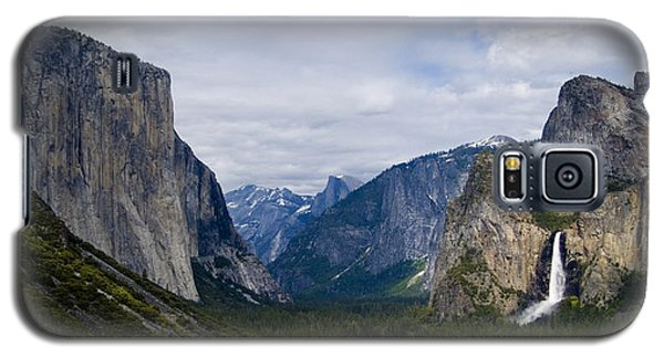 Yosemite Valley Panoramic Galaxy S5 Case by Bill Gallagher