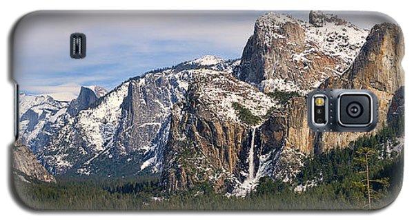 Yosemite Valley With Snow Galaxy S5 Case