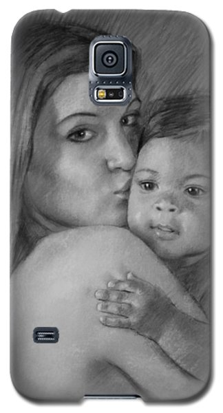 Galaxy S5 Case featuring the drawing Young Mother With Her Baby by Viola El