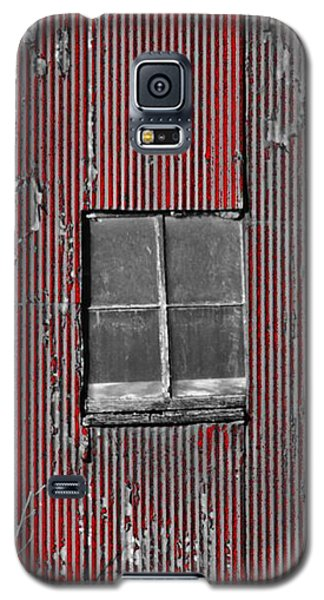 Zink Rd Barn Window Bw Red Galaxy S5 Case