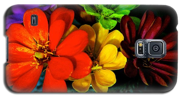 Galaxy S5 Case featuring the photograph Zinnias by Lehua Pekelo-Stearns