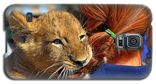 Zootography3 Zion The Lion Cub Likes Redheads Galaxy S5 Case by Jeff at JSJ Photography