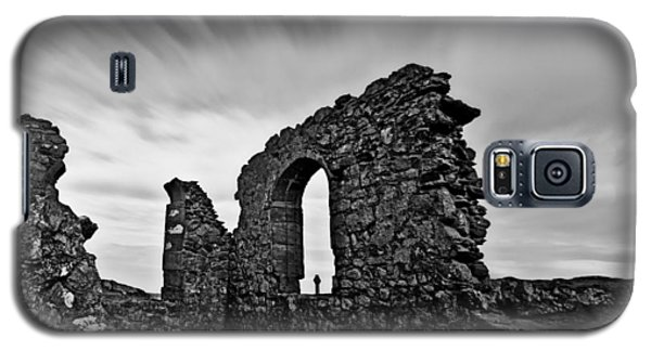 Llanddwyn Island Ruins Galaxy S5 Case by Beverly Cash