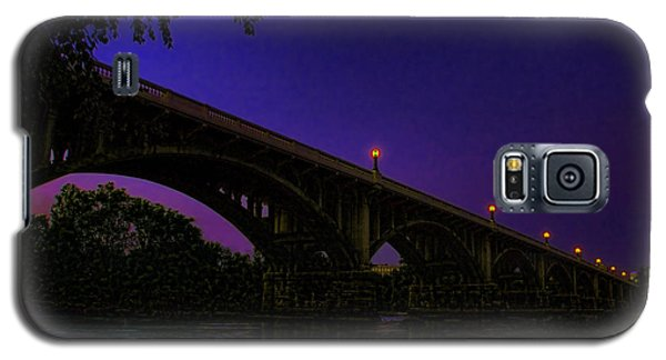 Night Glow On The Gervais Bridge Galaxy S5 Case by Steven Richardson