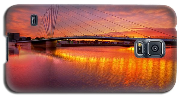 Sunset Over The Quay Galaxy S5 Case