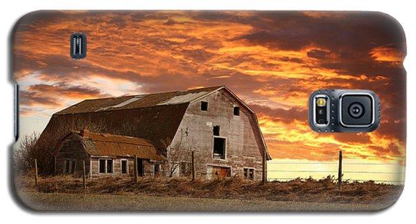 Barn On Highway 21 Galaxy S5 Case