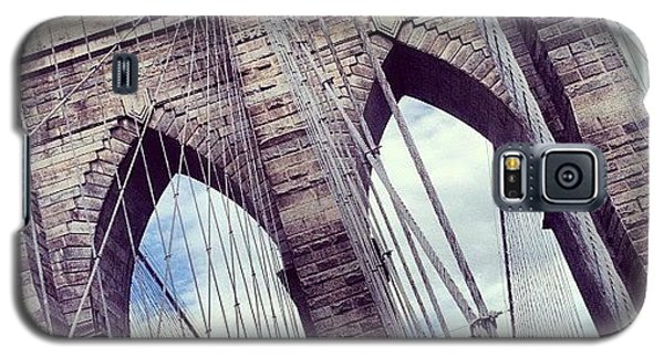 Transportation Galaxy S5 Case - Brooklyn Bridge by Randy Lemoine
