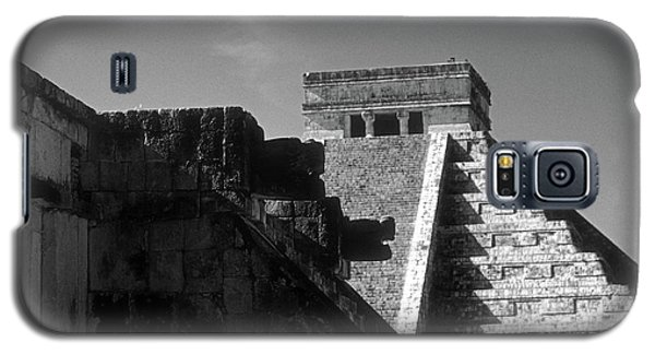 Chichen Itza Ruins Yucatan Mexico Galaxy S5 Case by John  Mitchell