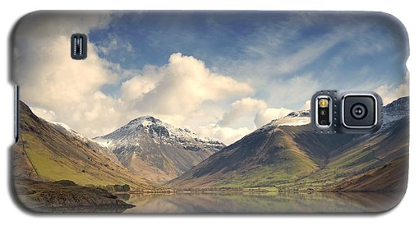 Galaxy S5 Case featuring the photograph Mountains And Lake At Lake District by John Short