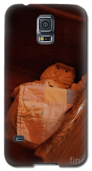 Galaxy S5 Case featuring the photograph Rock-a-bye My Baby by Linda Shafer