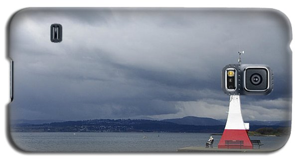 Galaxy S5 Case featuring the photograph Stormwatch by Marilyn Wilson