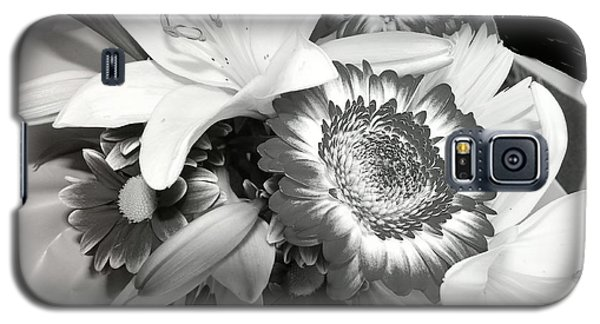 Galaxy S5 Case featuring the photograph Subterranean Memories 7 by Lenore Senior