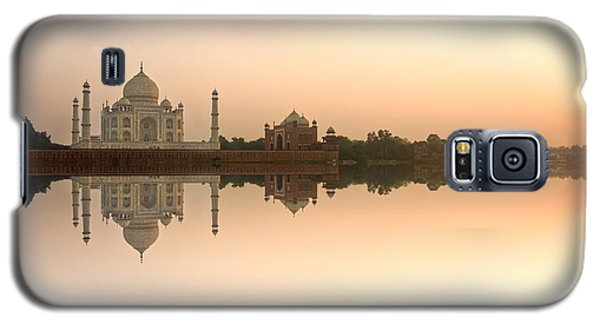 Galaxy S5 Case featuring the photograph Taj Mahal  by Luciano Mortula