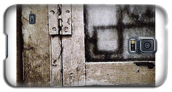 The Door Of Belcourt Galaxy S5 Case