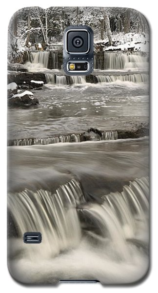 Waterfalls With Fresh Snow Thunder Bay Galaxy S5 Case