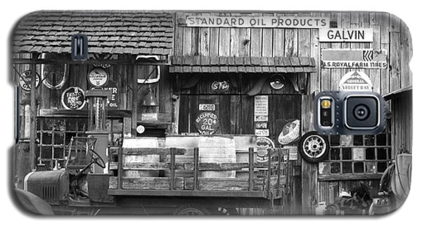 1930's Gas Station Galaxy S5 Case