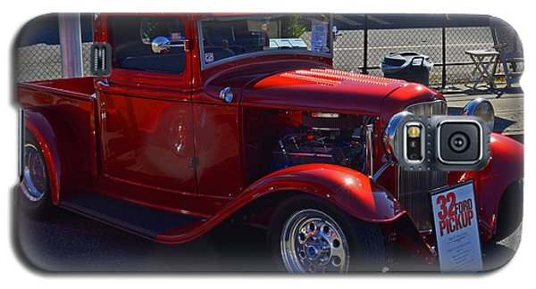 Galaxy S5 Case featuring the photograph 1932 Ford Pick Up by Tikvah's Hope